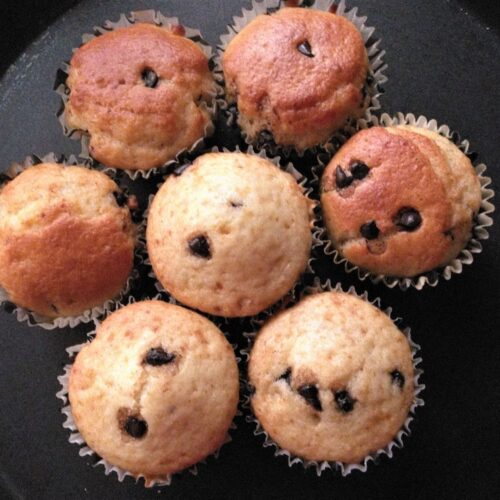 Vanilla cup cakes - Egg-less cup cakes - Hattyfoods.com ...
